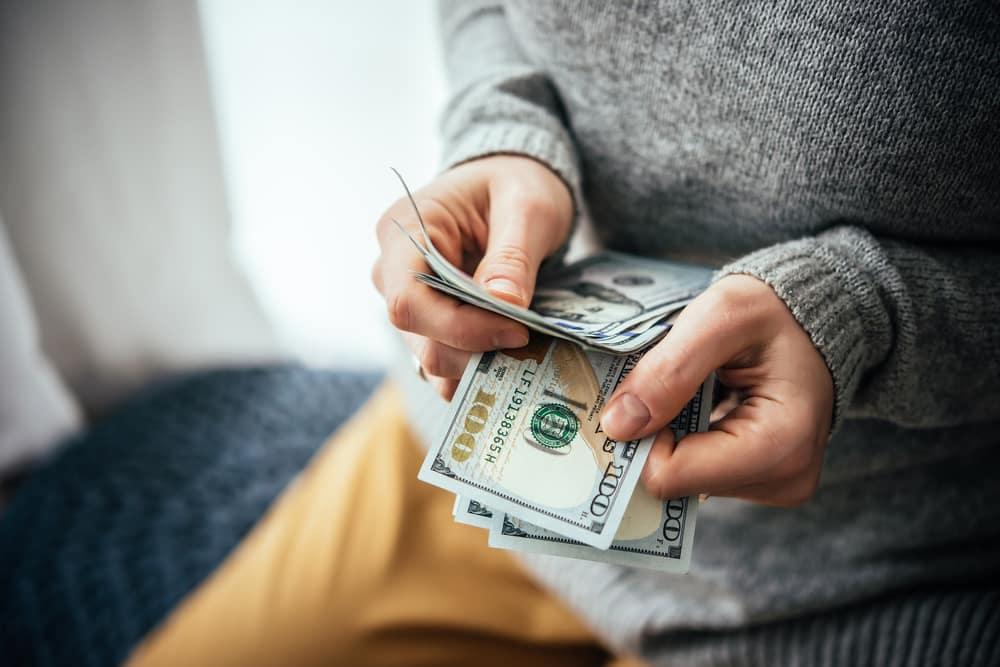 привлечь деньги в дом